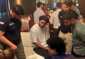 Ronaldinho Gaúcho é detido com documentos falsos no Paraguai