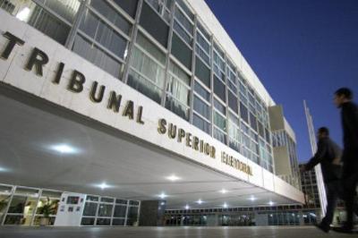 TSE encontra R$ 60 milhões em irregularidades nas contas de candidatos