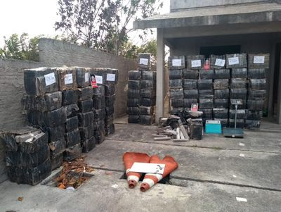 Polícia apreende mais de 2 toneladas de droga em casa no Litoral da PB