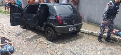 Perseguição policial termina com dois presos e suspeito de assalto ferido em João Pessoa