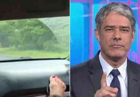 Bonner dá 'bronca' em telespectadora que filmou acidente com o pé no painel do carro
