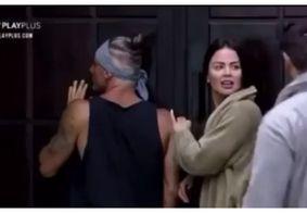 """Peões ouvem mensagem vinda de carro de som em 'A Fazenda': """"Mirella, se afaste do Biel e do Juliano"""""""