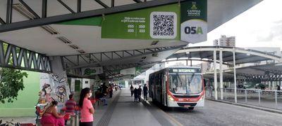 Motoristas de ônibus paralisam atividades em Campina Grande