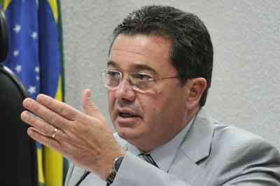 Operação Lava Jato bloqueia R$ 4 milhões em bens do ministro Vital do Rêgo