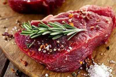 Com preço em alta, carne vermelha vira até presente de Natal
