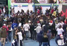 Cerimônia foi aberta aos fãs do artista, em São Paulo