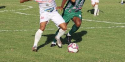 Partida entre São Paulo Crystal e Sousa no estádio Marizão