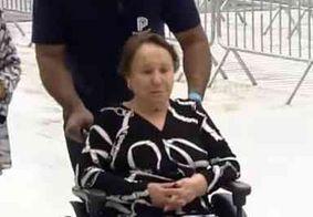 """""""Eu queria ir embora hoje"""", diz mãe de Gugu Liberato durante velório"""
