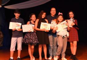 Projeto estimula leitura a alunos e já publicou 9 livros em 10 anos
