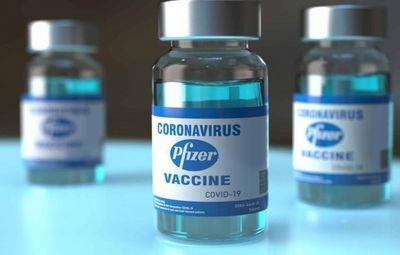 Pfizer deve produzir 4 bilhões de doses de vacina contra covid em 2022