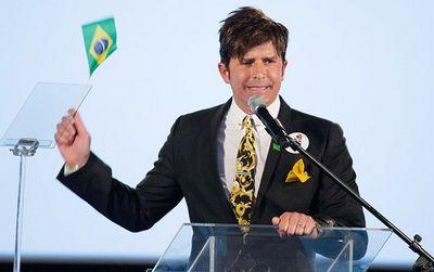 Após pedir ministério da Saúde e virar piada, Dr. Rey diz que vai abdicar da cidadania brasileira