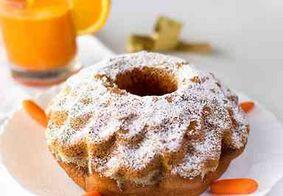 Aprenda a preparar um bolo de cenoura com laranja, sem glúten e sem lactose