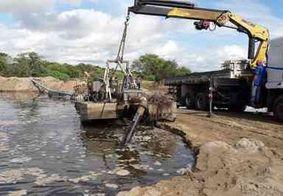 Operação flagra extração de areia irregular no leito do Rio Paraíba, em Itabaiana