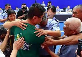Família reencontra filho sequestrado após 24 anos de buscas na China