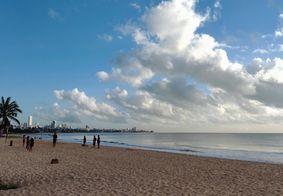 Amanhecer na Praia de Manaíra, em João Pessoa