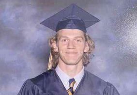 """Estudante morreu após conter atirador nos EUA: """"Meu herói e meu anjo"""""""