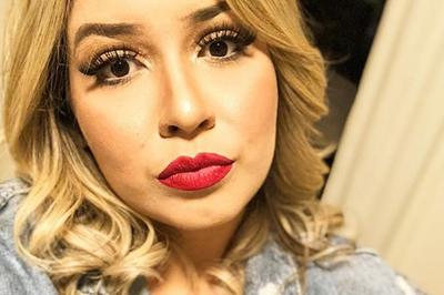 Marília Mendonça conta que já menstruou no palco