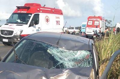 Acidente entre moto e carro deixa duas pessoas mortas na PB-004
