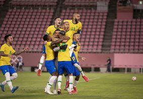 Paraibano é abraçado em fim da partida que leva o Brasil a final.