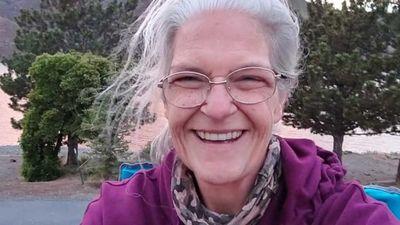 Mulher morre afogada após transmitir enchente