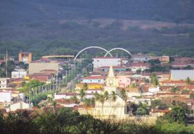Menina de 5 anos morre ao ser baleada na cabeça, na Paraíba