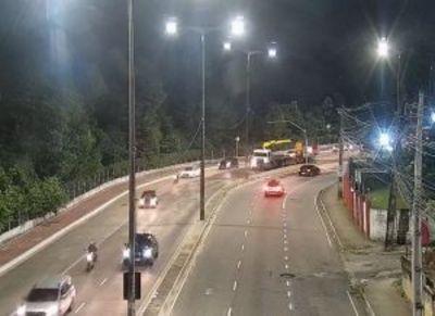 Avenida Epitácio Pessoa foi liberada para o trânsito na última sexta (17)