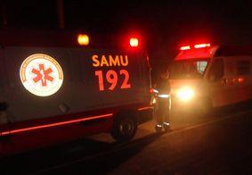 Colisão entre carro e moto deixa um morto e dois feridos no Litoral Sul da PB