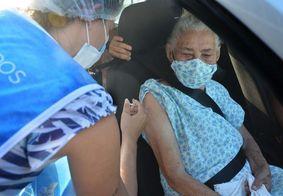 João Pessoa imuniza pessoas com comorbidades acima de 56 anos contra a covid