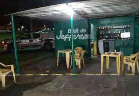 Dupla se passa por cliente e mata dono de bar a tiros em João Pessoa