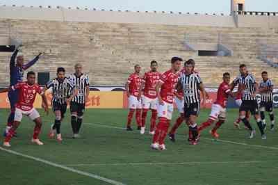 Treze empate com Vila Nova e se complica ainda mais na Série C