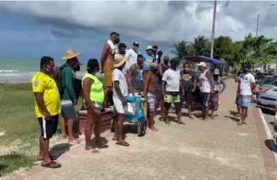 Vendedores ambulantes fazem manifestação em João Pessoa