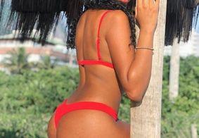 De família: conheça a irmã de Gracyanne Barbosa que também tem bumbum na nuca